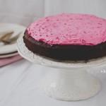 Céklás csokoládé torta rózsaszín habos krémmel