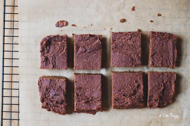 Vegán gluténmentes édesburgonya brownie