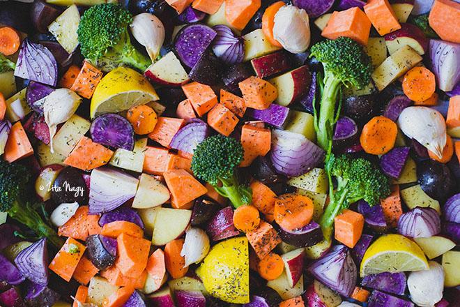 Tepsiben sült téli zöldségek Zizi módra (vegán)