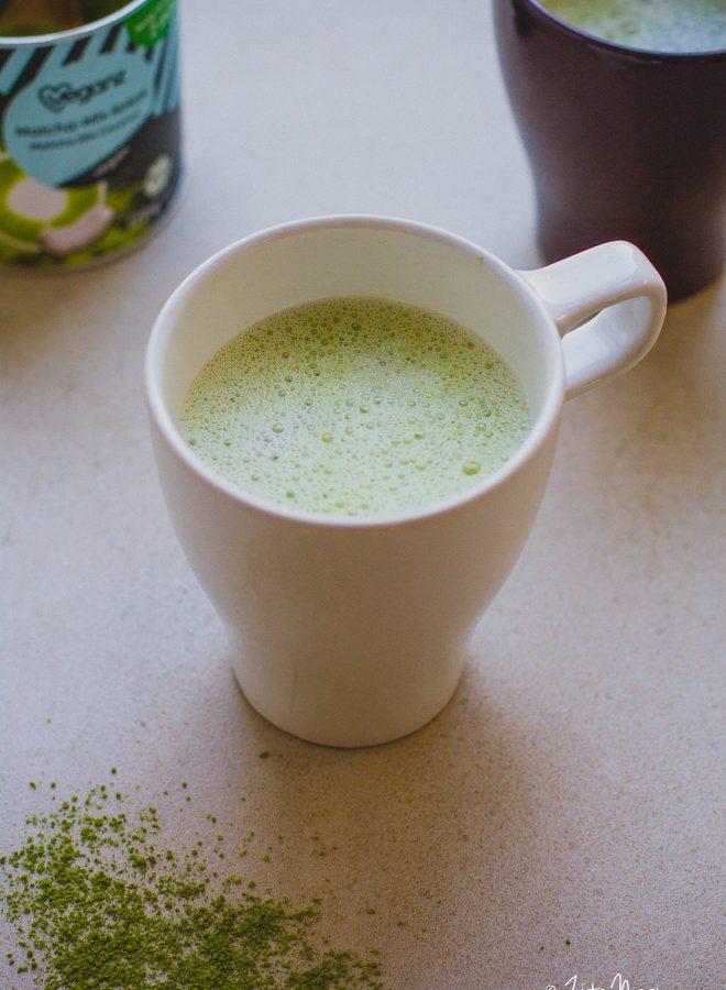 Matcha latte (laktózmentes, gluténmentes, vegán)