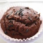 Kakaós-banános muffin fekete szezámmaggal