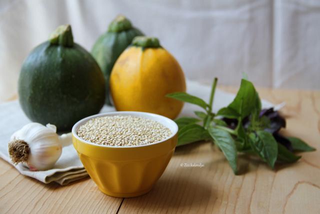 Pestos quinoa-val töltött gömbcukkinik