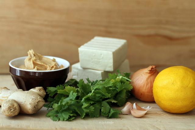 Tofu szendvics földimogyorószósszal