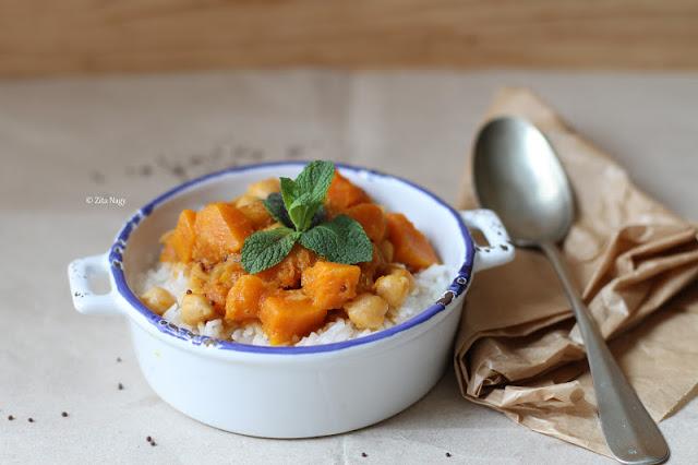 Sütőtök csicseriborsó curry (laktózmentes, gluténmentes, vegán)
