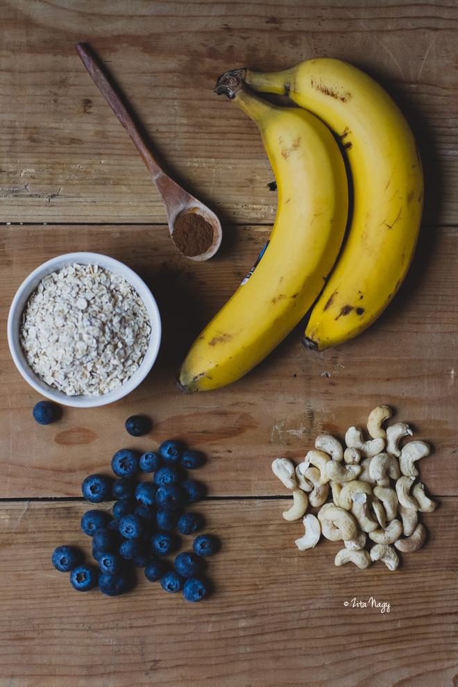 Vegán sült banános áfonyás zabkása