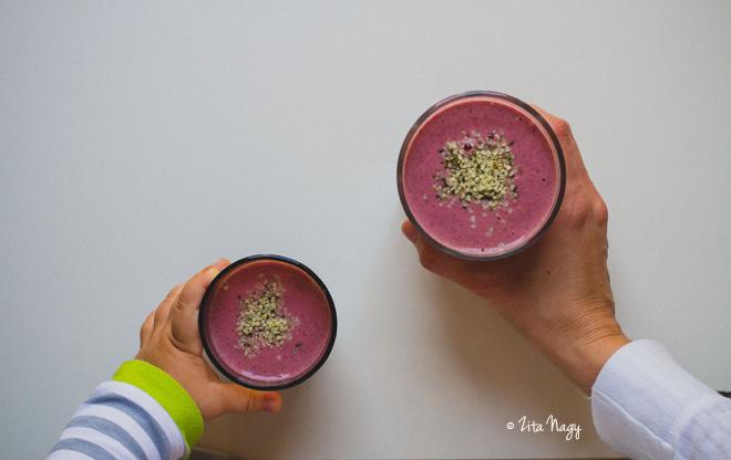 Szuperhős smoothie babának és mamának (vegán)