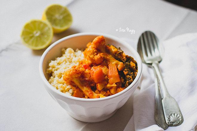 Karfiolos-sütőtökös vöröslencse curry (laktózmentes, gluténmentes, vegán)