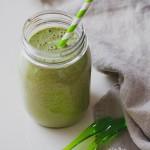 Szuper reggeli: vegán vaníliás fehérjedús zöld turmix
