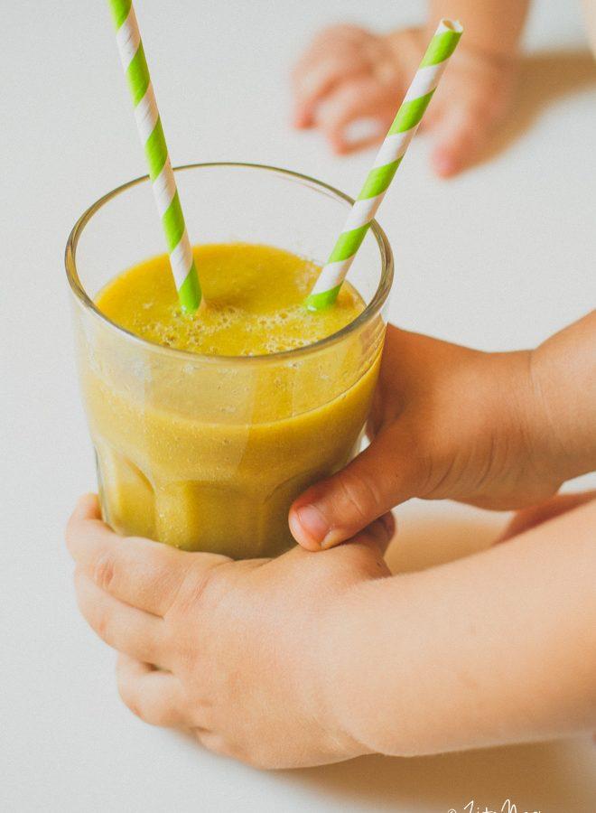 Nyári hűsítő zöld turmix 3 hozzávalóból (laktózmentes, gluténmentes, vegán)