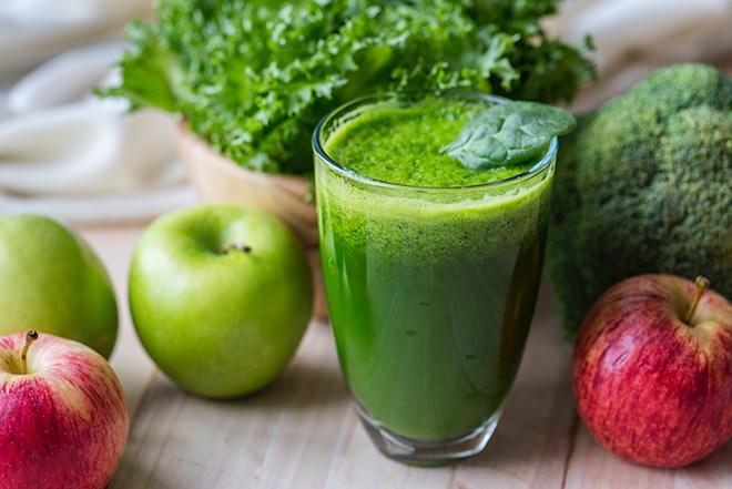 Növényi-alapú étrendről, szójáról, vitaminokról, szakmáról… – interjú Szabó Zoltán dietetikussal