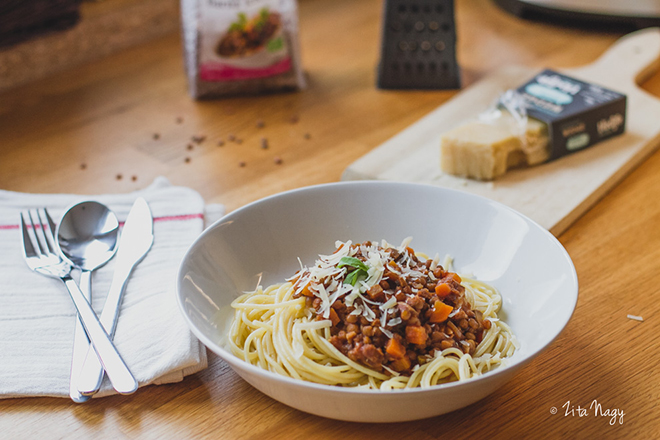 Bolognai ragu spagettivel (laktózmentes, gluténmentes, vegán)