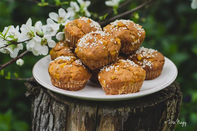 Sárgarépás kukoricás muffin nem csak húsvétra (laktózmentes, vegán)