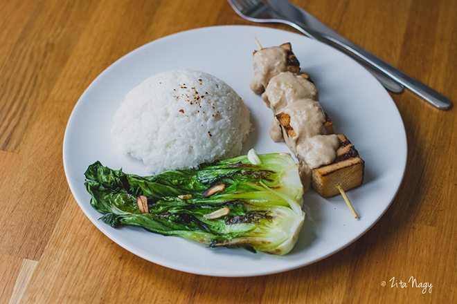 Tofu satay indonéz étel + Zizi konyhája főzőkurzusok