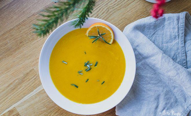 Narancsos édesburgonya krémleves (laktózmentes, gluténmentes, vegán)
